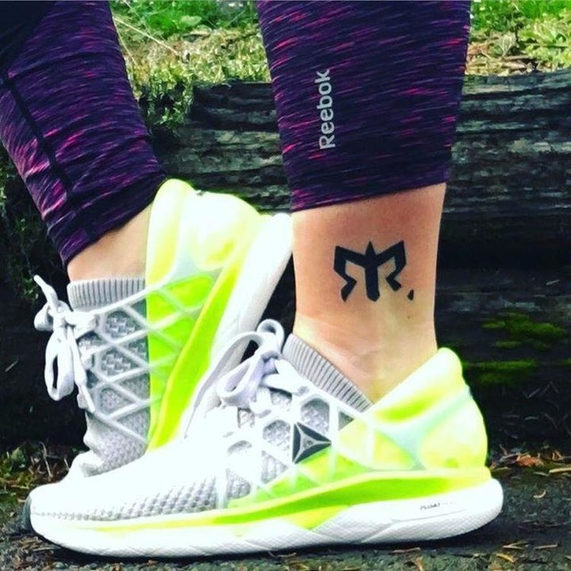 I received my new #reebok #floatrides yesterday and I won't take them off. They are so comfy and I love the gray/neon combo too! These kicks are badass! #reebokrunning #ragnarrelay #bettertogether