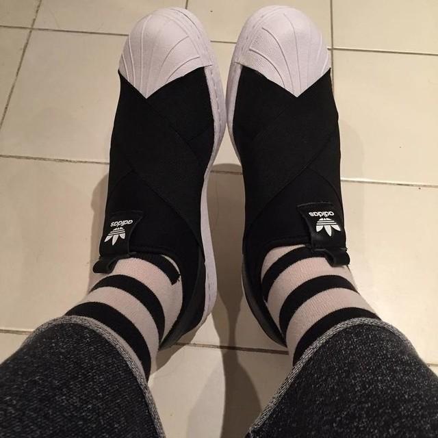 #adidas #superstars #slipon #ninjashoes #adidassuperstar #happysocks #stripedsocks #sneakeroftheday #blackandwhite
