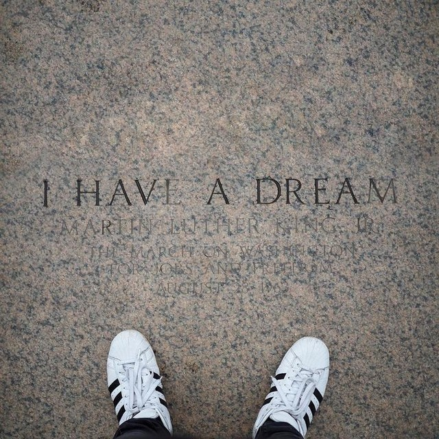 I have a dream / #awanderersnotebook #washington #dc #washingtondc #igersusa #usa #igerswashingtondc #architecture #street #streetphotography #urban #urbanphotography #ihaveadream #martinlutherking #blacklivesmatter #inthestepsofgiants #sign #footstep #inthefootstepsofgiants #adidas #adidassuperstar