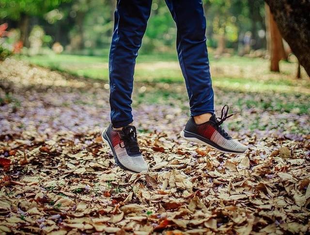 Lightning fast feet with new @reebokindia #flexweave  #reebokindia #reebokflexweave #reebokshoes #flexshoes #newedition #bangaloreblogger #thestylemirror #indianblogger #shoeaddict #shoelover #instashoes #instastyle #staystylish 😎 . . . 📷 : @photo_magnolia