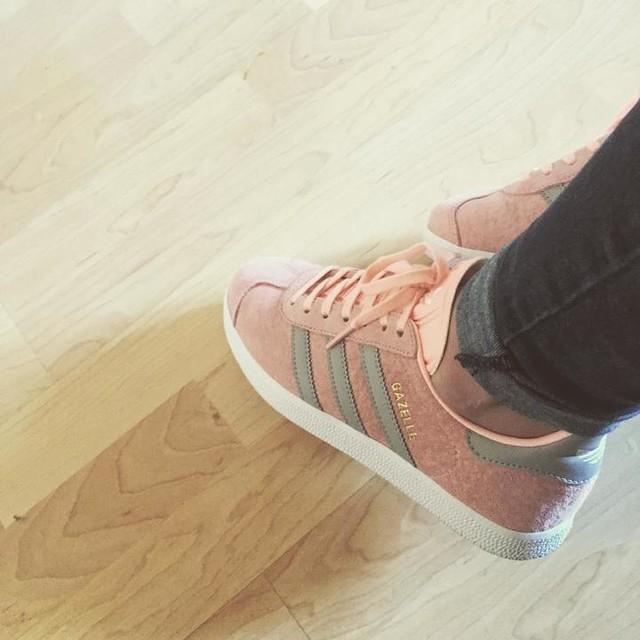 It's a #adidasgazelle kinda day 🌞🌞 #suede #powderpink