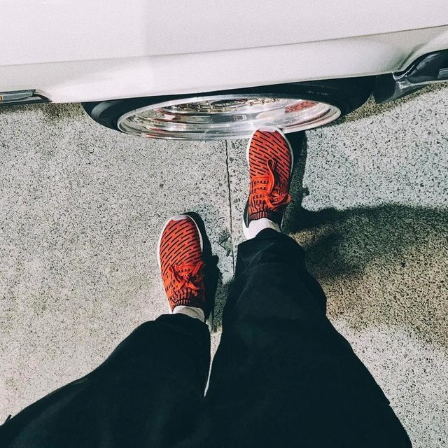 R2 . . #worldchamp #e30owners #thedirtythirty #untamed #dvpper #adidas #nmd #r2 #red #bbs