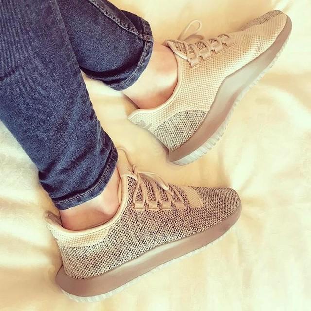 Love a new sneaks day😊😍 #adidas #adidasshadow #adidastubularshadow #newsneaks #newshoeday #footlocker #adidastubular