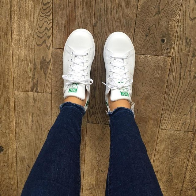 Nothing better than wearing a new pair of white trainers for the first time #addidas #stansmith