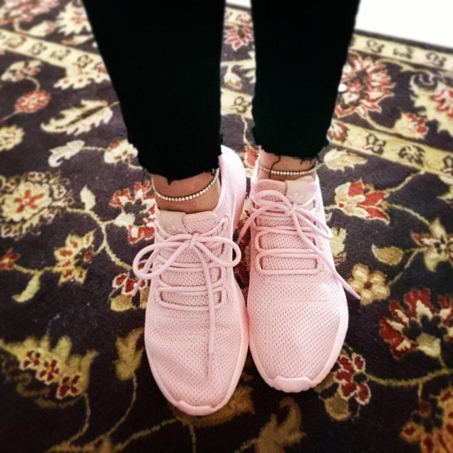 💞👟💞 #kärlek #adidas #adidasoriginals #loveadidas #3stripes #streetstyle #streetwearchick #swagstyle #tubularshadowknit #bling #love #3stripestyle #queen #adidasfreak #original #3stripe #streetwear #swag #unicorn #streetwearstyle #sneakers #sneakerfreak