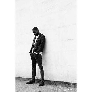 Shoot Me Fab Pop Up Studios - Raveline Cigarette Jeans