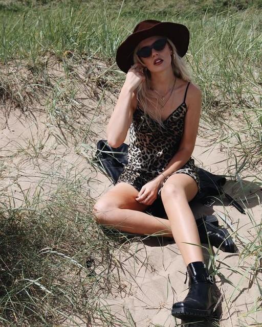 styledwithsallie - Hennie Leppo Dress