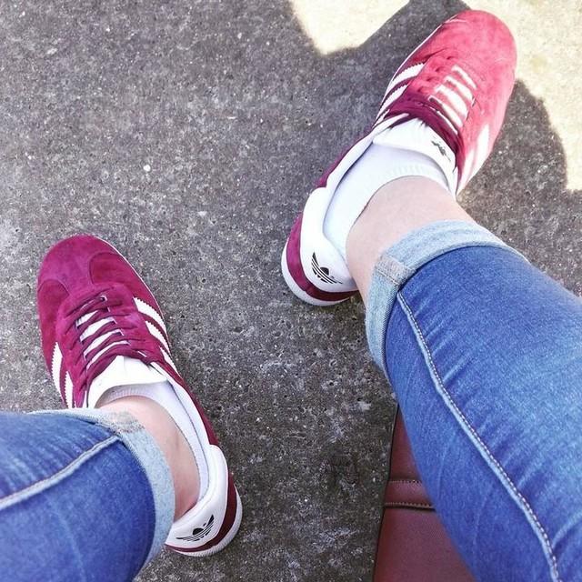 #adidastagram #adidas #gazelle #love #adidasoff #adidasfrance #adidasgazelle #red #frenchie #frenchkiss #frenchgirl