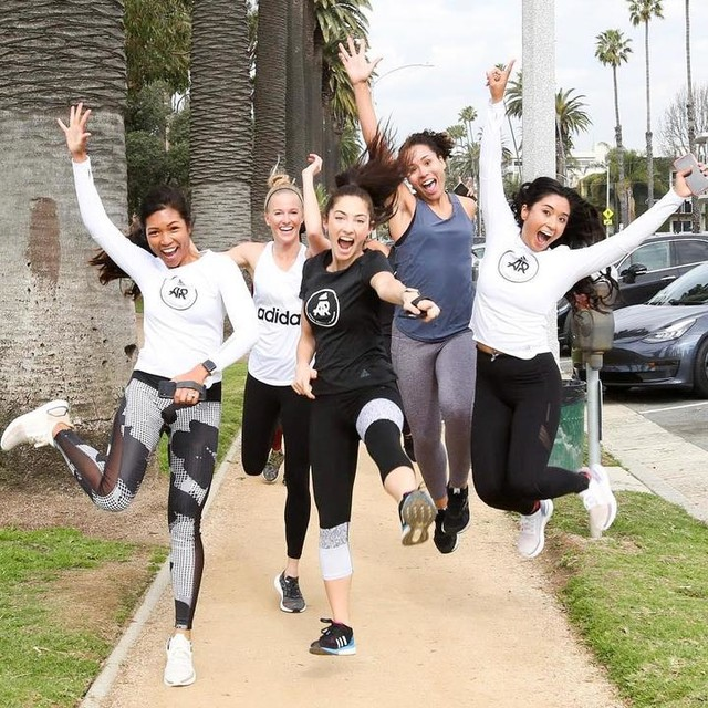 Nothing makes me happier than women supporting women. This week has been incredible— Had so much fun leading the 3K 🏃🏽♀️ and yoga sculpt 🤸🏽♀️ class this week with #adidasWomenLA! Met so many new friends 👯♀️ and can't wait to celebrate at the launch party tonight! 🎉 Sadly, event is at capacity, BUT you can use the link in my bio to sign up to find our about future events! 🙌🏽