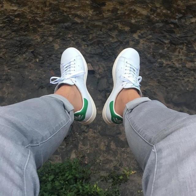 #fridays #holidaymood #freshkicks #stansmith #adidas #nofilter