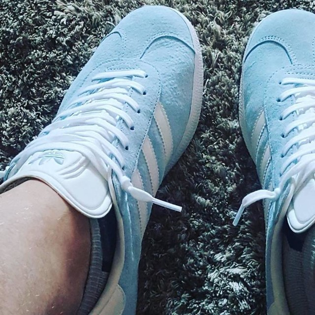 WHAT ARE THOSE? It's dry and warm enough to bring out the baby blues for their debut.. have been waiting a while but it's worth the wait.. #gazelle #threestripes #adidasoriginals #adidas #babyblue