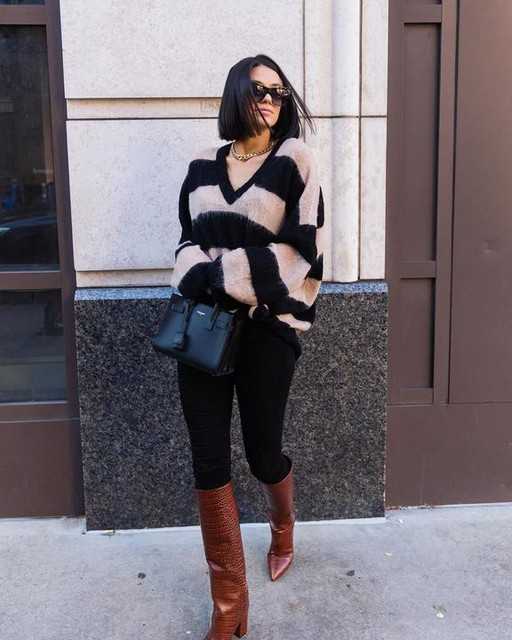 prettyproperquaint - Lou V-Neck Sweater