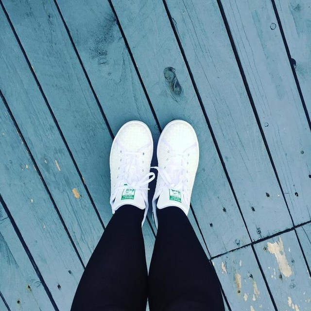 Wearing my @adidasoriginals Stan smiths today #adidas  #stansmith #casual # cool #sneakers #sneakeraddict
