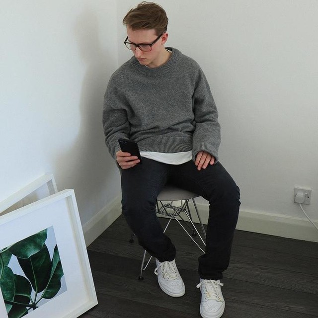 Oliver Cash - Harnden Crew Sweater