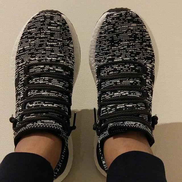 Taaaddaaaaaaa look what i got today, a pair of pureboost 3.0!! #thebikebrothers #the_bikebrothers #adidas #pureboost #japan #trip