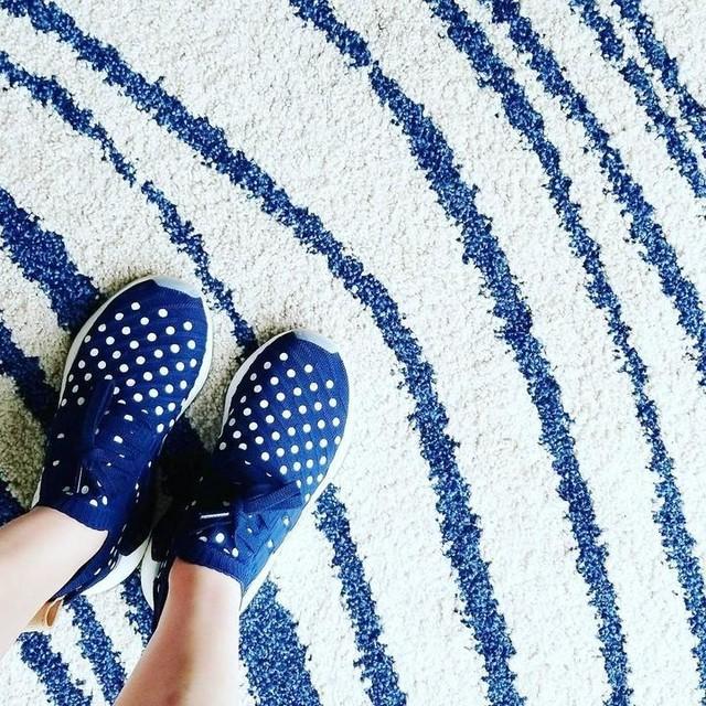 Dots and stripes 🔵⚪ . . . . #adidas #teamadidas #threestripes #threestripelife #sneakers #igsneakers #kicks #kickstagram #kicksonfire #instakicks #kicksoftheday #complexkicks #nicekicks #hypebae #vibes #sneakerfam #IGSneakerCommunity #sneakergame #kicks0l0gy #boost #boosted #boostvibes #nmd #blueandwhite #dotsandstripes