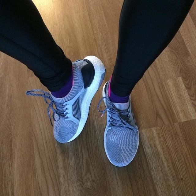 Jos nyt vähän saisi tsemppiä uusista kengistä 💙 #ultraboostx #adidas