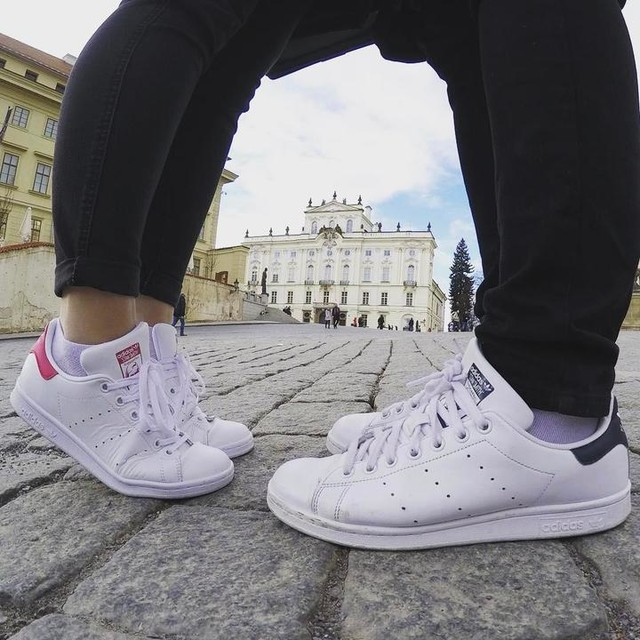 I don't walk alone anymore #white #stansmith #couple #picoftheday #teamLP