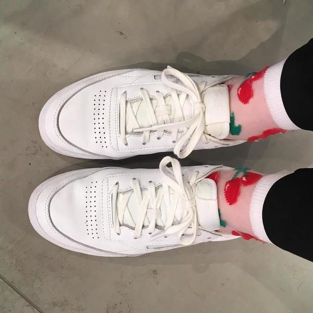 Fruity socks for Val. day 🍒 #asos #reebokclassic