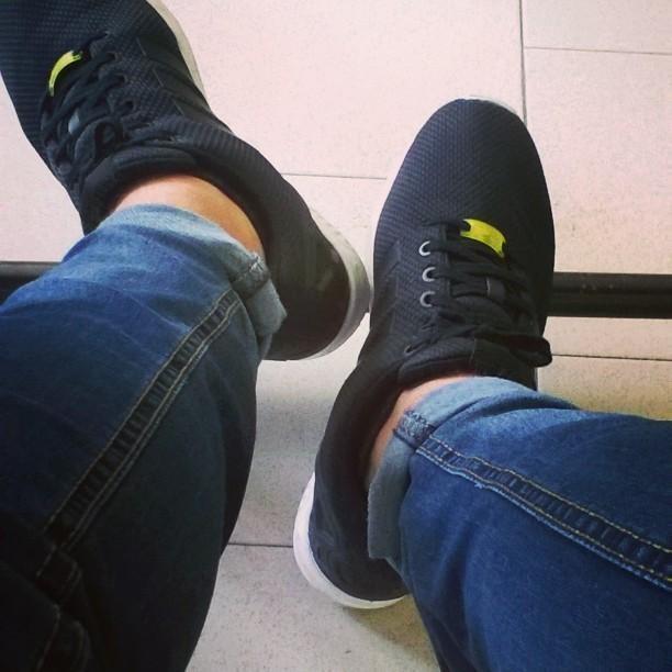 ...#School #bored #likeforlike #Adidas #zxflux #stile #Black #likeforfollow #pics #picoftheday #noia #likes #porcoddio