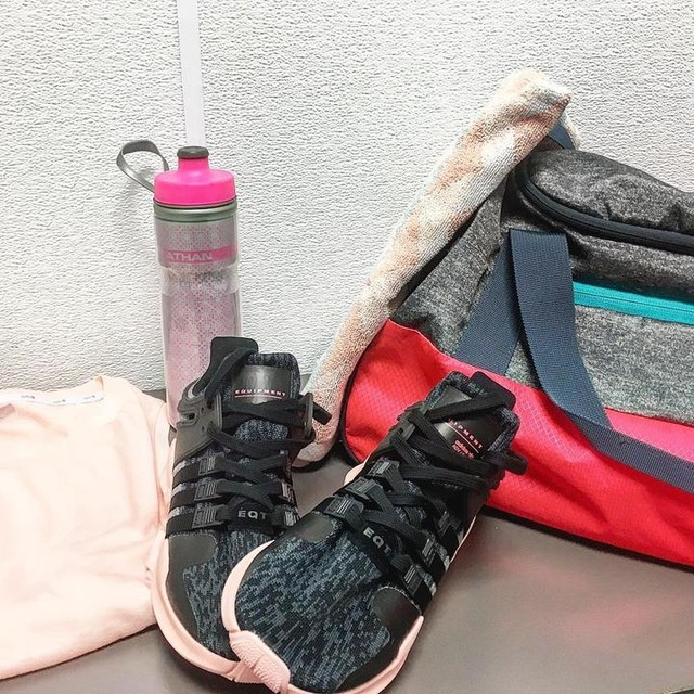 feeling pink today 💪🏻💗 #pink#oldpink#gym#adidas#eqt#equipment#adidasoriginals#bestshoesever#confy#training#running