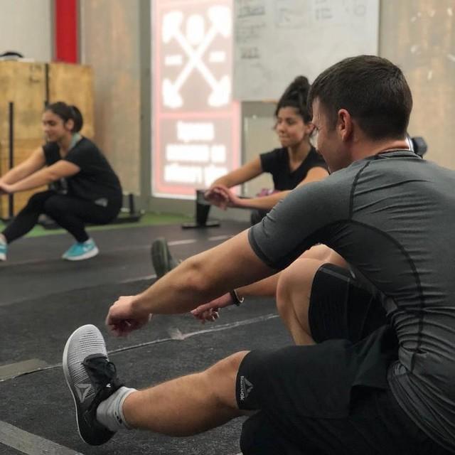 #crossfit #evolution #015 #larissa #greece #pistols #squat #technique #betterthanyesterday #bemorehuman