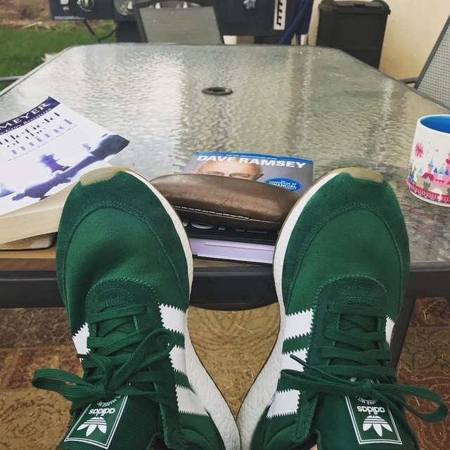 Reading, getting the mind in the right place is another form of exercise.  Helps getting to rock one of my favorite pairs of shoes 👍🏻👍🏻 and yes that is a #disneyland coffee mug, don't judge 😜 #blessed 🙏🏻 #godfirst #mentalfitness #fitforlife #adidas #iniki #daveramsey #battlefieldofthemind