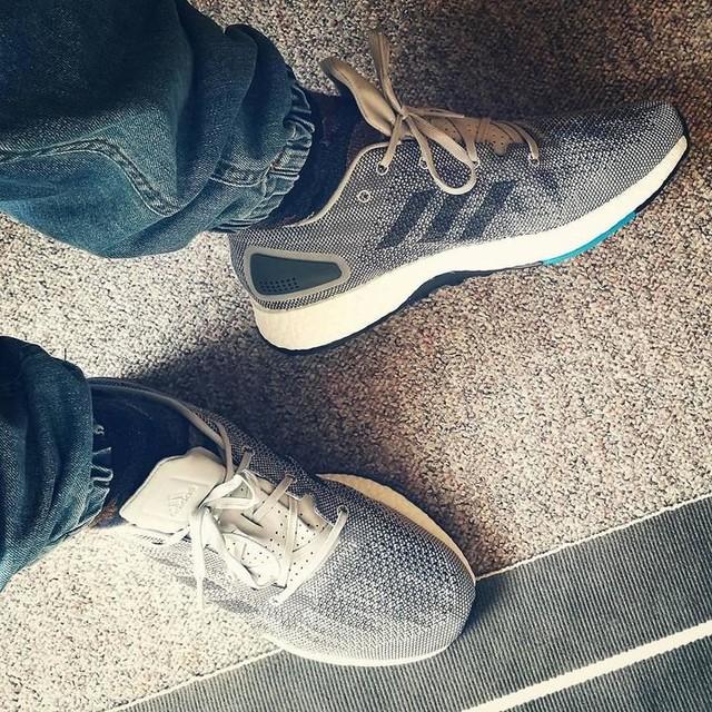 Grau grau grau. #adidas #adidasboost #pureboost #pureboostdpr #ultraboost #boostlife #adidasfirst #3stripesstyle