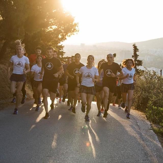 Καλημέρα adidas Runners Athens! Σας περιμένουμε σήμερα στις 19.30 στο adidas Runbase για να κλείσουμε δυναμικά τη σεζόν με την τελευταία μας προπόνηση πριν τις καλοκαιρινό διάλλειμα. CELEBRATE SUMMER & RUN και βεβαίως την ίδια ώρα NEWBIES RUN για του νέους φίλους του running🏃🏼🏃🏻🏃🏻♀️🏃♀️ Η προπόνηση όπως πάντα είναι ανοιχτή και δωρεάν γθα όλους!  #adidasrunnersathens #adidasrunners #athens #adidasrunning #adidasgr #runners #running #runlife #morningrun