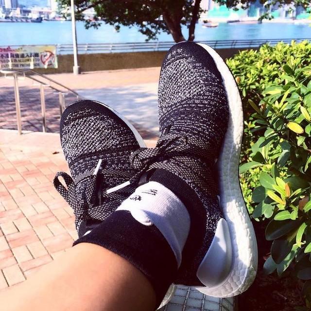 轉會☘️😂.... #adidas #ultraboost #stellamccartney #stellamccartneyultraboost #kicks #kickstagram #kicksonfire #instakicks #sneaker #sneakerhead #running #runner #hkig #スニーカー #アディダス