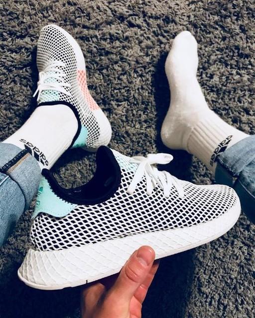 Here it is! 😍 #adidas #shoes #deerupt . . . #sotd #sunday #newshoes #love #sneaker #sneakerlove #kicks #instakicks #sneakerhead #thebrandwiththethreestripes #summer #summervibes #sunday #new #2k18 #withsocks
