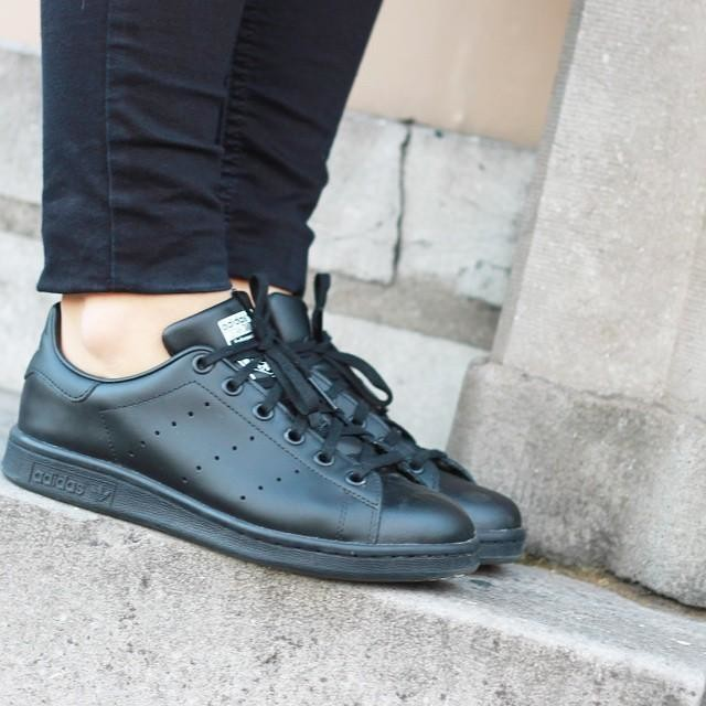 Adidas Stan Smith Wearing Black