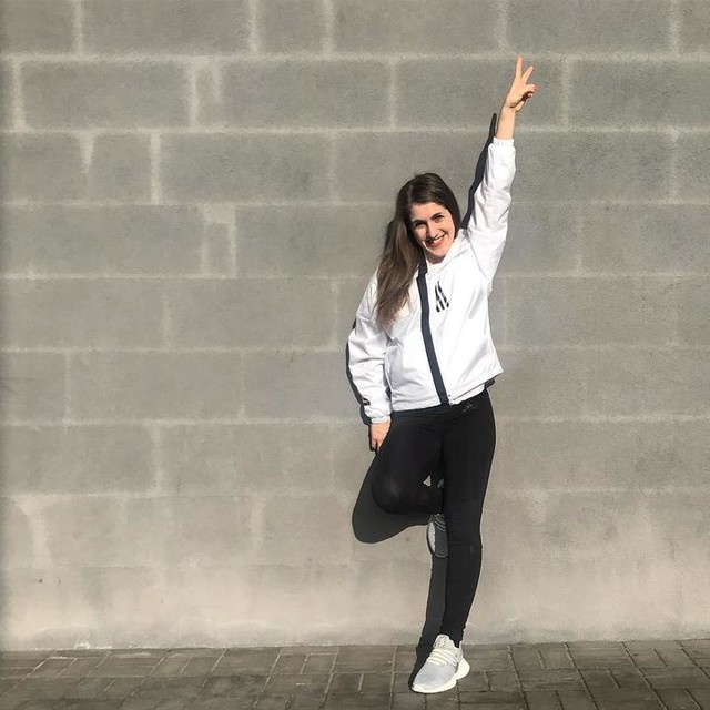 After such a beautiful weekend, Monday simply couldn't be different. ✌️✌️✌️ #mondaymood #beautifulweek #juststarted #simplyhappy #smile #and #focuson #goodvibes #adidaswomen #adidaswnd #feeling #spring #intheair