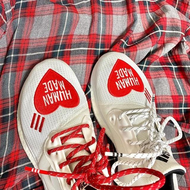 humanmade pharrell adidas . . . #adidas#adidasoriginals#humanmade#nigo#pharrellwilliams#sneakers#ootd#fashion#ldh#girlsdontcry#verdy#heart#streetfashion#outfit#simple #アディダス#ファレルウィリアムス#ヒューマンメイド#いいね返し