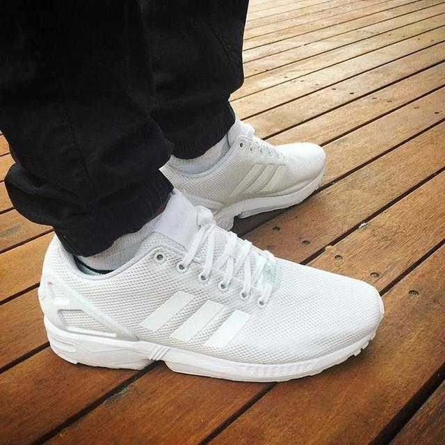 @adidasoriginals @adidas @adidasau #allwhite #flux #adidas #adidasoriginals #adidasflux #fave #sneakers #new #l