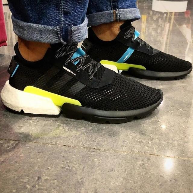 #shoppingday with @adidasoriginals @adidas #PODsystem ... waiting for my #beautifulwife 😑 . . #adidaspodsystem3 #adidas #adidasoriginals #adidasoriginal #pods31 #podsystem3 #podsystem31 #sneakers #sneakeraddict #sneakerslover #sneakersaddict #sneakersnstuff #sneakersoriginal #sneakerspics #adidasboost #boost #teamrwico #rwico
