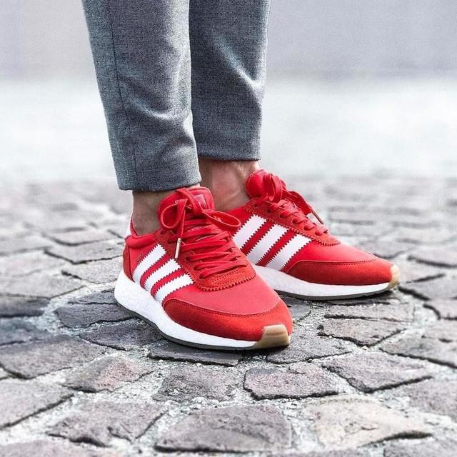#adidas #adidasiniki #iniki #adidasoriginals #boost #boostvibes #boostheaven #sneakers #sneakersmag #sneakerhead #sneakeraddict #sneaker #snk #kicks #kickstagram #kicksonfire #kick #blur #street #texture #minimalmovement #red #snkempire #inikired #shoes #redshoes #redsneakers #trouser #grey