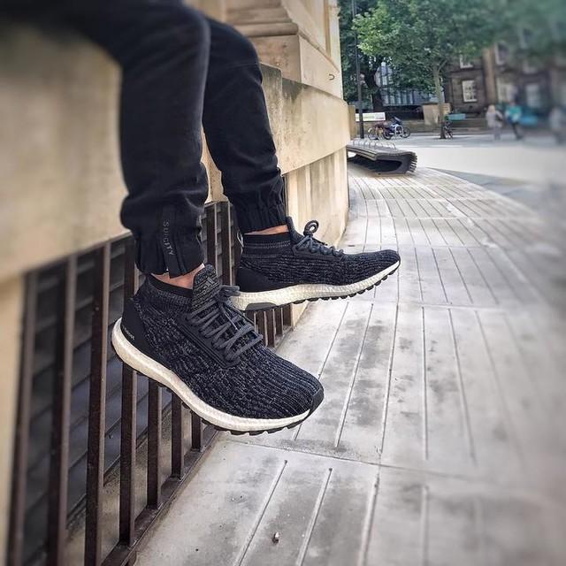 Unreleased  Ultra Boost ATR.  #adidas#adidasoriginal#ultraboost#samples#boost#ultraboostatr#awsome#snapshot#trainer#sneakerhead#kits#crepes#hypebeast#hypefeet#streetwear