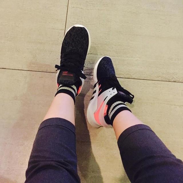 Không phải là nắng nhưng thích chói chang  #adidas #eqt #replica  #enjoylife  #photooftheday  #like4like  #followme 👍👍👍