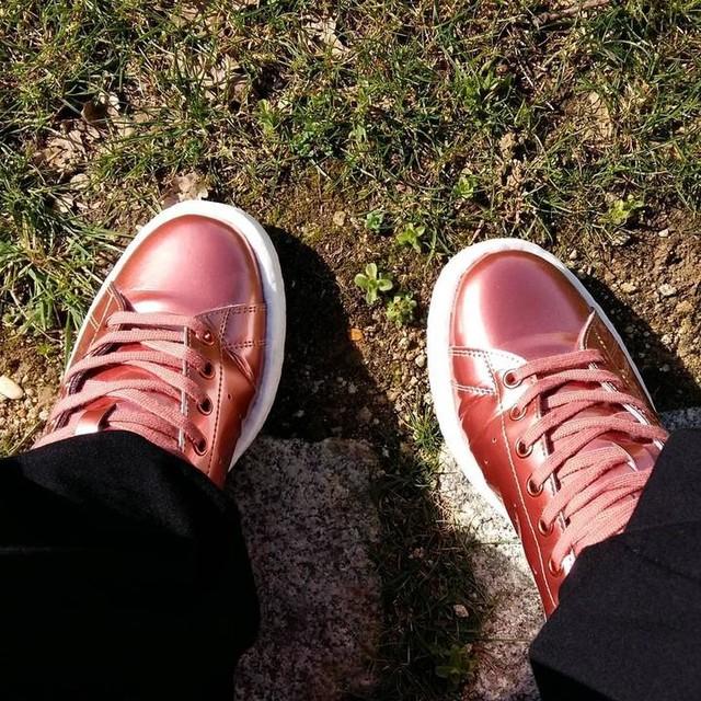 #pattounes #petitspetons #stansmith #copper #adidas #footporn #sunnyday #soleilbreton #soleil